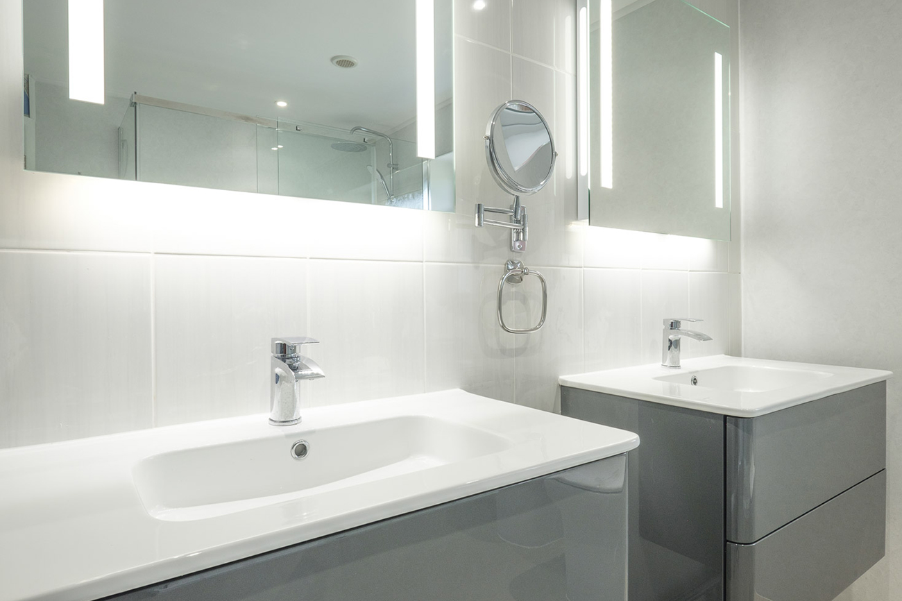 Full Bathroom Design & Installation